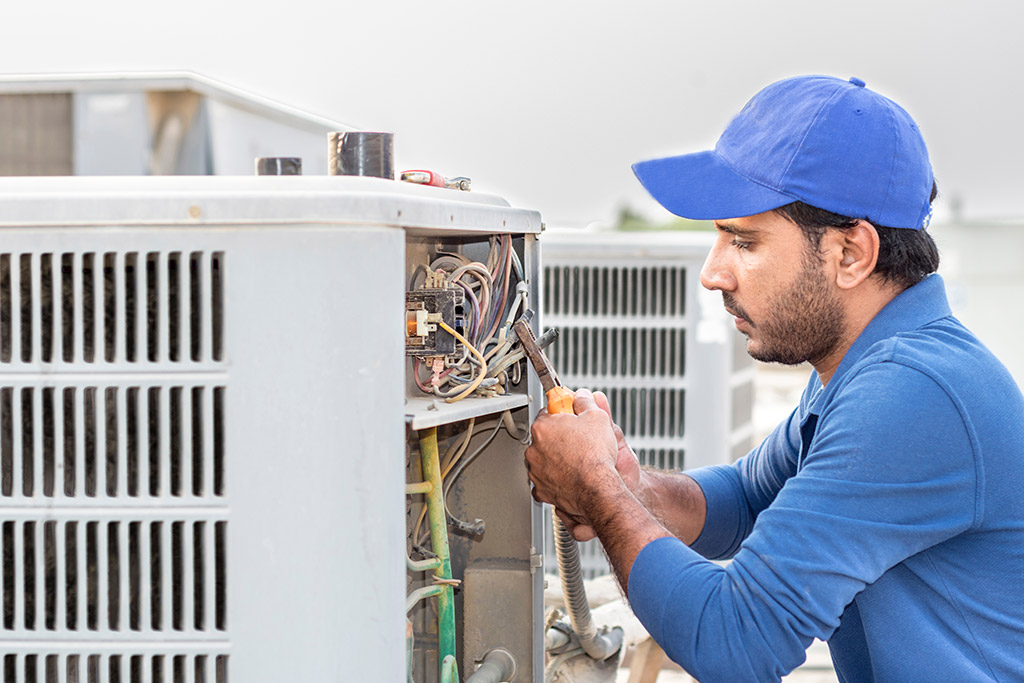 AC REPAIR SERVICE Window Air Conditioner AC Repair Service in bharuch vadodara